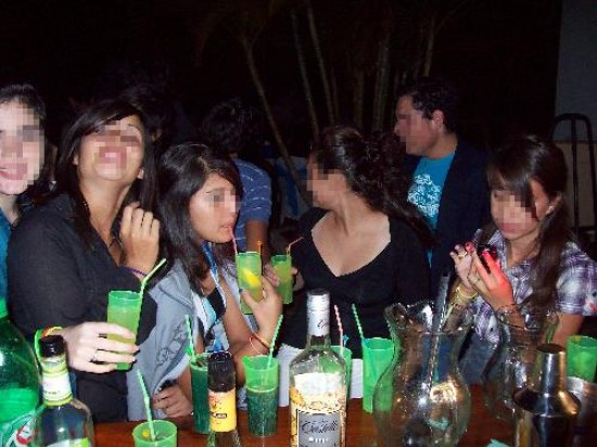 Polémica por el control de bebidas alcohólicas en las fiestas de egresados    LaNoticia1.com