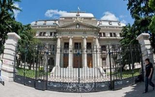 En ambas cámaras de la Legislatura bonaerense se trata hoy el Presupuesto 2014 impulsado por Scioli.