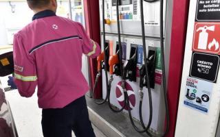 Si se vuelven a liberar el precio de los combustibles, los bolsillos de los automovilistas recibirán un duro golpe.
