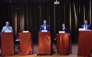 Cuatro de los cinco candidatos debatieron en el Colegio de Abogados platense.