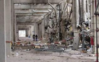 Así quedó el lugar de la explosión en el polo petroquímico de Bahía Blanca.