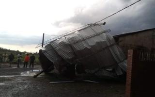 En Arrecifes la tormenta generó graves destrozos.