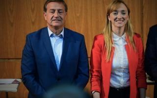 Rodolfo Suárez y Anabel Fernández Sagasti, los dos candidatos con chances de quedarse con la Gobernación.