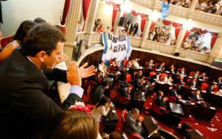 El massismo dio el aval para votar a favor del proyecto en el Senado provincial.