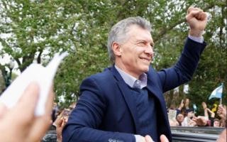 Macri continúa con su gira de campaña por el país buscando revertir la tendencia de las PASO.