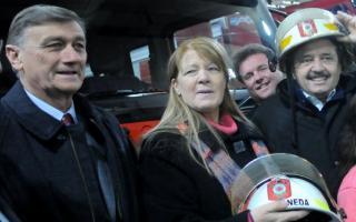 Binner estuvo ayer en Avellaneda para impulsar la campaña de Stolbizer y Alfonsín.