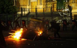 Graves disturbios en el cierre del Encuentro de Mujeres en La Plata.