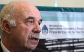 Casamiquela dijo que quienes convocaron al paro tienen 10 millones de toneladas de soja sin vender.