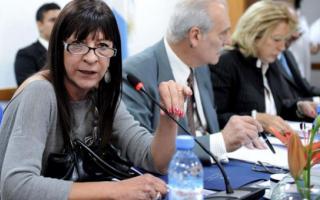 Diana Conti fustigó el proyecto de Scioli e Insaurralde contra los barras.