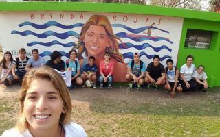 La joven tiene un mural en su San Pedro natal.