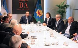 Scioli se reunió con representantes de las cámaras de todos los sectores del transporte, puertos y logística de Argentina.