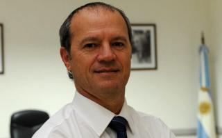 Senador Urdampilleta, impulsor del reclamo.