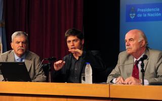 De Vido, Kicillof y Casamiquela en conferencia de prensa.