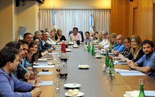 La reunión que encabezó Espinoza. Foto: Facebook