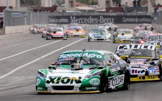 Luz verde al inicio de la Copa de Oro en el autódromo de La Pedrera. Foto: ACTC