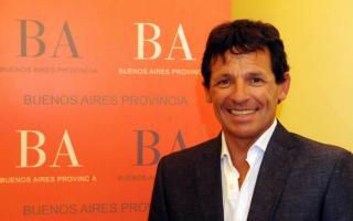 Curuchet presentó en AFA el proyecto elaborado por el Senador Carreras.