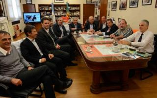 El Ministro Collia junto a funcionarios provinciales y nacionales.
