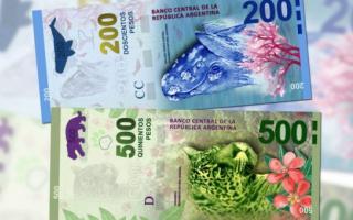Así serán los nuevos billetes de 200 y 500 pesos argentinos.
