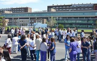 Medida de fuerza frente de los trabajadores de la salud de la Provincia. Foto: Prensa