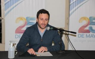 Hernán Ralinqueo en conferencia de prensa