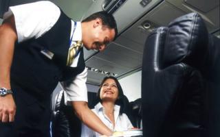 """Copa Airlines recibió el galardón """"Mejor Personal de Cabina y de Aeropuertos de Centroamérica y el Caribe"""""""