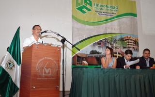 Expusieron en una universidad de Colombia la gestión massista en Tigre.