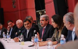 Aníbal estuvo con referentes políticos de Quilmes.