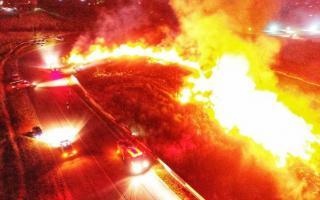 Tres dotaciones conformadas por veinte bomberos que detuvieron el siniestro
