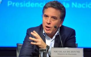 Dujovne más ajustes en el Estado. foto: La Prensa