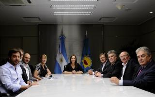 Vidal junto a represntantes del partido GEN.