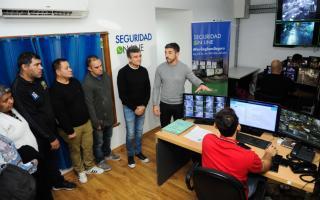 El Intendente presentó el programa a vecinos del distrito. Foto: Zona Norte Diario