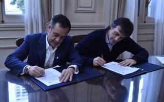 Finocchiaro y Bullrich firmaron el acuerdo este jueves.