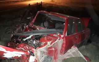 Tren embistió un auto en Pigüé: Dos muertos
