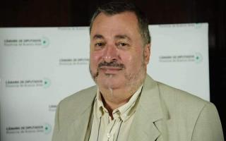 Alberto Conocchiari dio positivo y se encuentra internado
