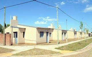 Ofrecen propuestas de venta, financiación o refacción de vivienda con imágenes de sitios emblemáticos del distrito