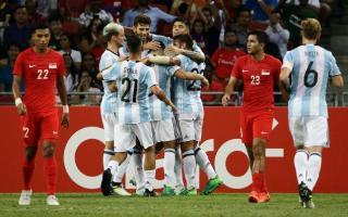 Argentina goleó 6 a 0 a Singapur.