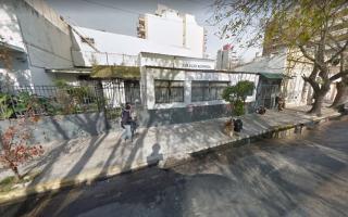 El colegio Ausonia se encuentra en el distrito de Quilmes.