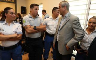 Ferraresi critica la política del gobierno provincial.
