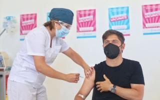 Vacuna: Kicillof se aplicó la segunda dosis