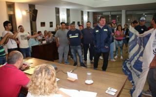 Los trabajadores ingresaron al recinto
