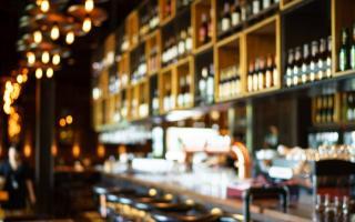 Los bares y restaurantes no podrán abrir.