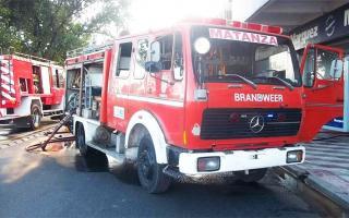 Bomberos de La Matanza no pueden retirar autobombas de la Aduana por deudas impositivas