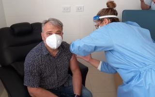 Sergio Bordoni se aplicó la vacuna