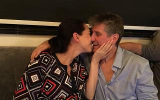 Amado Boudou y su pareja mexicana, Mónica García de la Fuente, tras quedar libre.