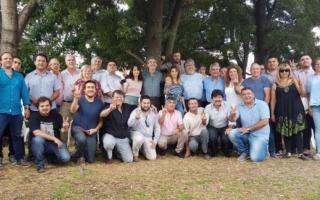Randazzo junto a su equipo d ele Tercera Sección Electoral. Foto: Prensa