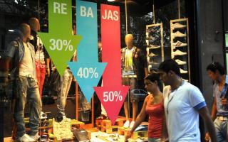 Las ventas minoristas cayeron un 15,6% en noviembre y un 17,4% en Provincia