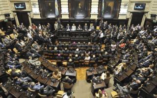 Diputados aprobó eliminar tasas municipales en facturas de luz y gas. Foto: Prensa