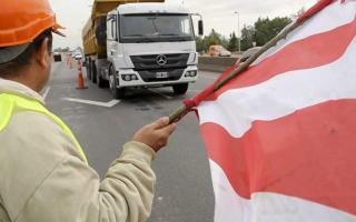 Ruta 11: Tránsito restringido a camiones en un tramo por tres meses