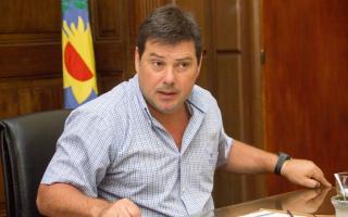 Sigue la polémica en Las Flores: El exintendente Canosa defendió su gestión