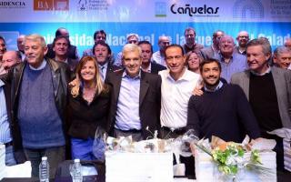 Domínguez y Mussi encabezaron el acto en Cañuelas.